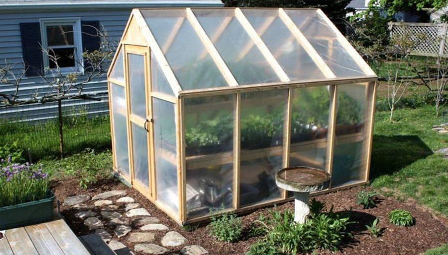 Como hacer un invernadero casero barato arquigrafico - Invernaderos para casa ...