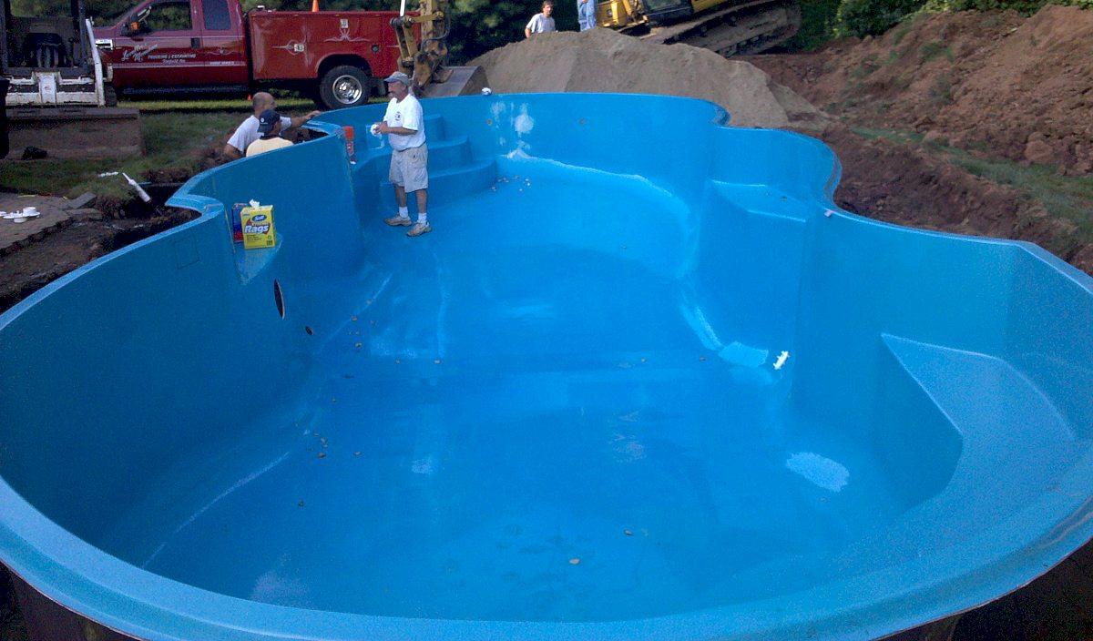 Ventajas de las piscinas de fibra de vidrio - Vidrio para piscinas ...